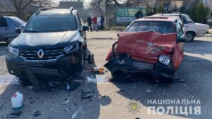 В Запорожье произошло смертельное ДТП: погиб водитель и пострадал 3-летний ребенок