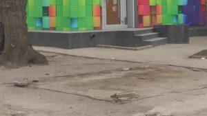 В центрі Запоріжжя демонтували овочевий ларьок, — ФОТО