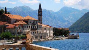 Запоріжці зможуть потрапити до Чорногорії без ПЛР-тесту