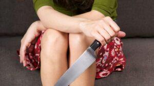 Під Запоріжжям під час сварки дружина вдарила чоловіка ножем