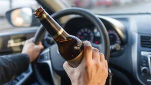 По Запоріжжю роз'їжджав п'яний таксист, у якого два дні тому вилучили права