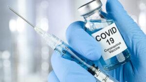 В Запорожье продолжается прививочная кампания против COVID-19