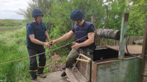 В Пологовском районе местные жители чистили колодец и нашли в нем гранату