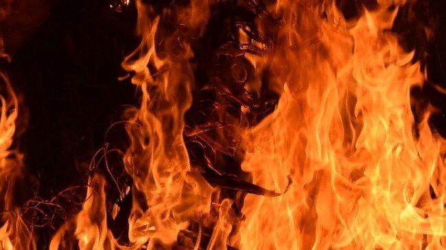 В центре Запорожья горел частный дом: устанавливается причина пожара