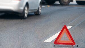 У Запоріжжі зіткнулися бензовоз і легковик: постраждав чоловік