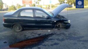 У Запоріжжі на Набережній сталася ДТП: авто відірвало колесо, – ФОТО