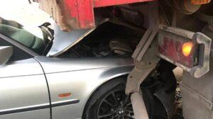 В Запорожье на Бабурке водитель врезался в припаркованный грузовик, – ФОТО