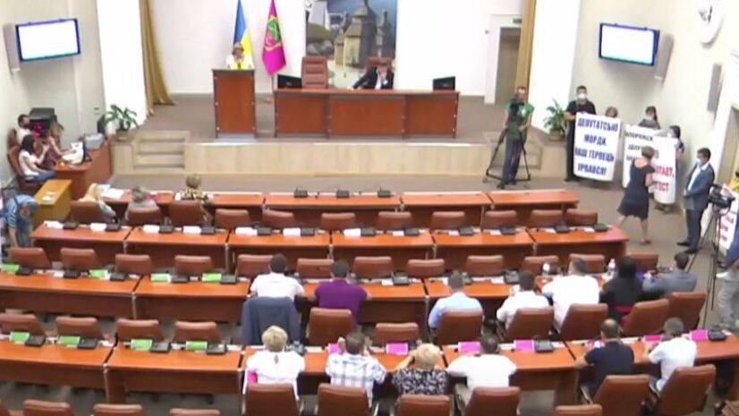 Запорожский городской голова заявил о возможном роспуске депутатского корпуса