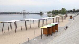 Запоріжців наполегливо просять не купатися на двох пляжах у місті: це може бути небезпечно