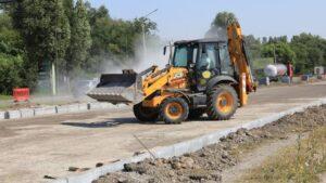 У Запоріжжі на Набережній продовжують капітальний ремонт дороги, - ФОТО