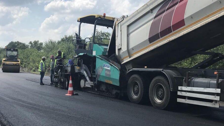 В Запорожской области за полмиллиарда гривен ремонтируют участок трассы Запорожье – Донецк: что уже сделали, – ФОТО