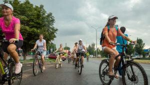 У Запорізькій області відбувся велопарад дівчат, – ФОТО