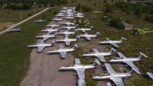 Як виглядає аеродром під Запоріжжям, який зачинили 20 років тому, — ФОТО