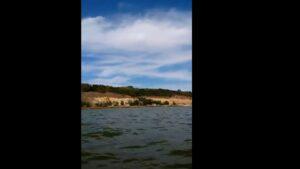 Як виглядає майже дикий пляж в Запорізькій області, — ВІДЕО