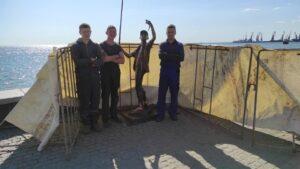 Пам'ятник рибаку в Бердянську відновили, — ФОТО