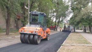 В Заводском районе Запорожья ремонтируют дорогу, – ФОТО