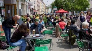 Какие заведения в Запорожье принимают посетителей в обычном режиме в