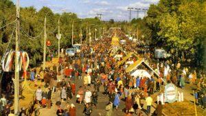 Как в Запорожье проходила Покровская ярмарка 32 года назад, – ФОТОРЕПОРТАЖ