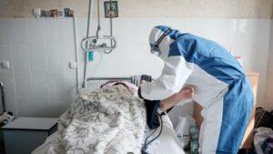 В запорожских больницах создают дополнительные места для пациентов с ковидом
